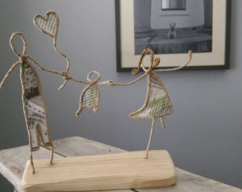 Wire paper sculpture original mummy Daddy baby French style art reclaimed wood family new baby nursery unusual gift parents mommy