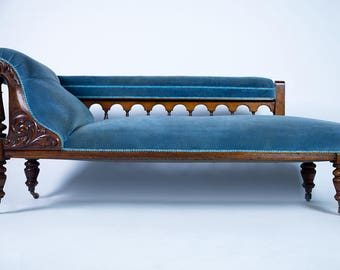 EDWARDIAN blue chaise