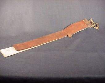 Straight Razor Sharpener Belt * Vintage Old Collectible * Leather Barber Chair Strap Hone