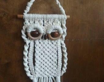 Oh my! Isn't He Cute Macrame Owl