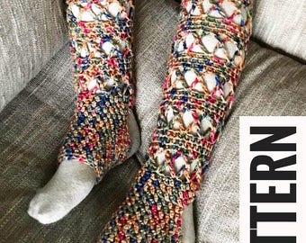 Crochet Yoga Socks PATTERN, Leg warmer, PDF Pattern, Leg warmers, yoga socks, lace leggings
