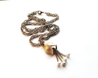 Vintage Gold Necklace with Bleeding Heart Flower Pendant