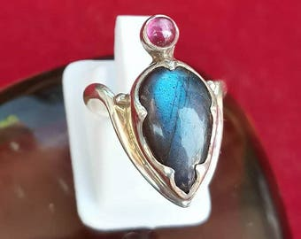 Labradorite and Garnet Ring