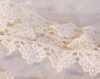 "White Lace Irredescent White Lace Shimmer Lace 155"" White Lace"