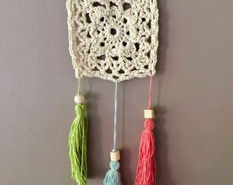 """""""Mini Bohemian"""" ecru crochet wall hanging"""