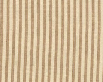 Old Glory by Moda Fabrics and Primitive Gatherings 1073-11  By the Yard