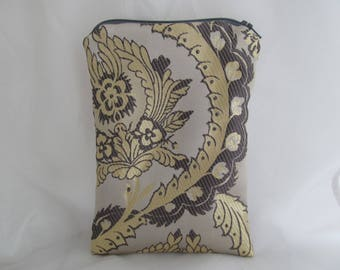 Brocade Tarot Card Bag Silver and Gold with Silver Satin Lining and Zipper Dice Makeup Pouch Fancy