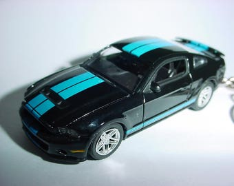 3D 2010 Ford Mustang Shelby GT500 custom keychain by Brian Thornton keyring key chain finished in black/blue color opening hood design
