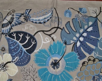 LEE JOFA Kravet EMBROIDERED Applique Floral Garden Pillow Quilters Craft Fabric Remnant Multi Blue