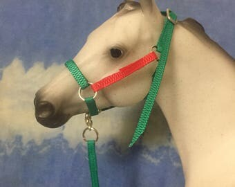 "Christmas red and green ""nylon"" stable halter fits traditional scale breyer model horse"