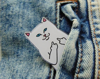 Swearing White Cat Acrylic Brooch Pin for Jacket Pocket Blue Eyes Kitten Finger Sign Badge Cheeky Star Clothing Decoration UK Funny Trend
