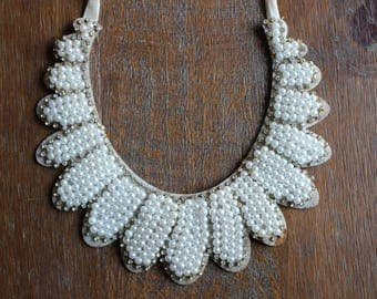 Vintage Faux Pearl and Rhinestone Bibb Collar Necklace