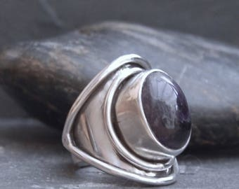 Handmade Amethyst and Sterling Silver Saddle Ring.