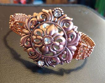Copper bracelet with wire wrapped band