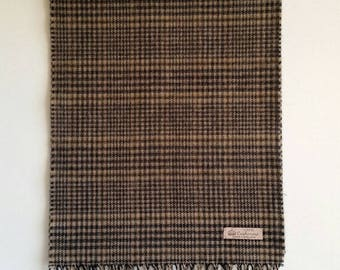 Cashmere scarf made in England. Brown, Black, camel & off white Houndstooth. Classic.
