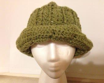 Crocheted Cloche Hat- Green