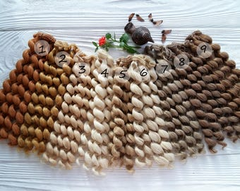 25 cm (9.8 inches). Doll's hair. Hair for dolls. Curly hair. Synthetical hair. Luxury hair. Hair for doll wigs. Synthetic doll hair