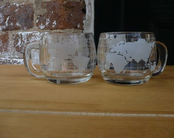 Glass Nestle Globe Mugs (Set of 2)