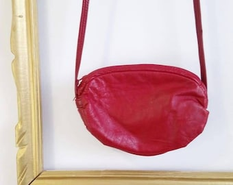Red leather purse, 70's purse, 70's red leather, cross body purse, vintage purse