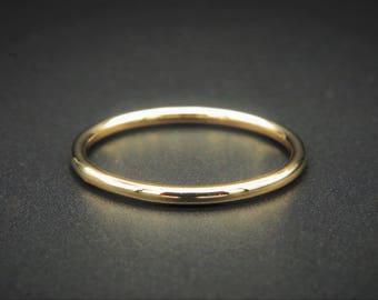 Handmade gold band, 9ct/18ct gold stacking ring - dainty wedding band - gold stacker ring