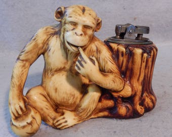 Vintage Mid Century PRINCE Celluloid Resin MONKEY Table Lighter Chimp B&G BYO   Free Shipping