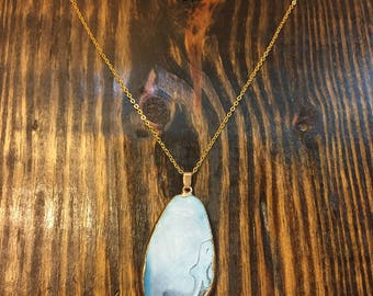 Blue Onyx Agate pendant necklace