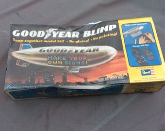 Revell Goodyear Blimp model kit H-999 with Lighted Moving Messages , 1975-1977 NOS