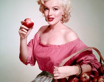 Marilyn Monroe Eating an Apple Poster Art Pinup Girl Color Photo 11x14