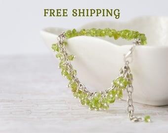 Raw peridot bracelet, Peridot jewelry, Green bracelet, Olivine bracelet, August birthstone bracelet, Green stone bracelet