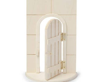 Hinged Unfinished Fairy Door: 5.5 x 10 inches   30019004