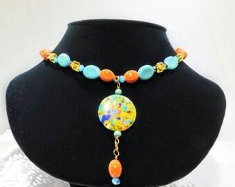 Artsy multi-colored pendant collar necklace
