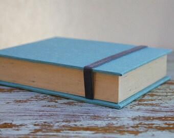 Box for Photos 4x6 in - Handmade of book cloth | Photo Storage | Turquoise Presentation Box | Keepsake | Photo Album | Wedding