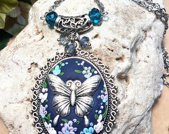 Large Oval butterfly pendant with 70cm stainless steel chain(N.blue-SP4)