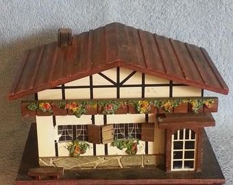 Musical Jewelry Box - Swiss Chalet