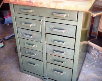 Vintage metal cabinet : LA only