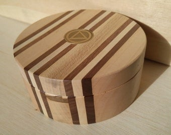Maple and Walnut Ring/Medallion Box