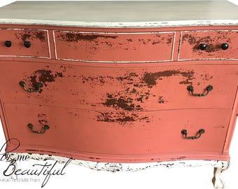 SOLD*********************Vintage Bedroom Dresser