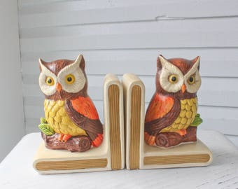 Vintage Adorable Kistchy Lefton Owl Bookends-Retro Yellow and Orange-Owl Pair-Hand Painted