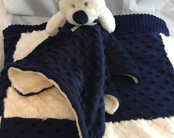 Navy & white blanket with mayching snuggle blanket