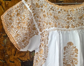 Otomiartesanal Embroidery Huipil Blouse