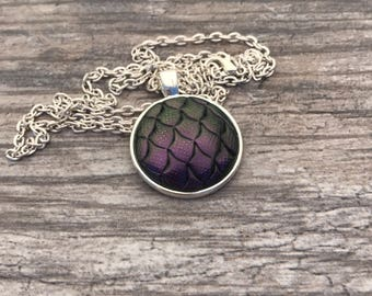 Dragon Scales Pendant. Mermaid Scales Necklace. Magic. Fantasy. Dragon Skin. Dragon Egg. Gifts for Her. Dragon Necklace.