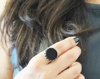 Round Ring,Simple Ring, Black Ring, Gothic Ring, Boho Jewelry, Hippie Jewelry, Bohemian Jewelry, Onyx Gemstone Ring, Gypsy Jewelry