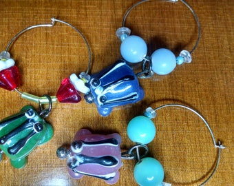 Glass frog beverage charms