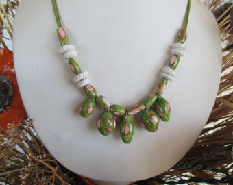 CERAMIC ART - Set crew neck and light green and rust - colored unique earring - handmade - FRANCE