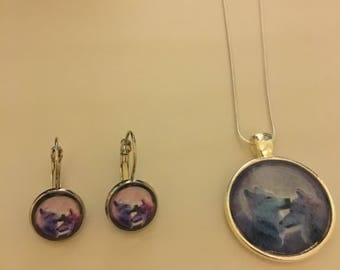 Two wolves in the moonlight set (Necklace and Earrings)