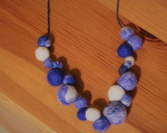 Blues And White Irregular Bead Necklace