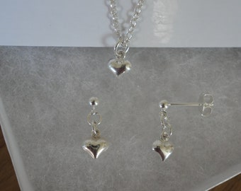 Pretty Puffed Heart Necklace & Earring Set