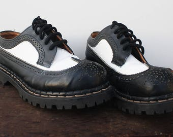 Vintage Brogue, Gripfast Black & White Wingtip, Steel Toe, 5 Eyelet, Treaded Sole, UK Size 6.