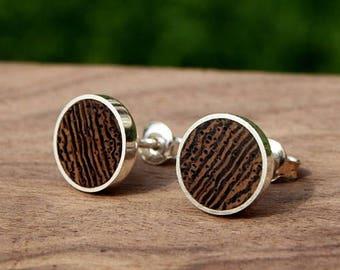 Wooden/silver earrings from Wenge