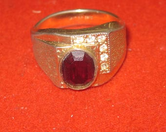 R- 30 Beautiful  Vintage Ring size  12 1/2     14 k g.f.